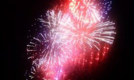 Aytré : le feu d'artifice fait pschitt, la commune demande pardon