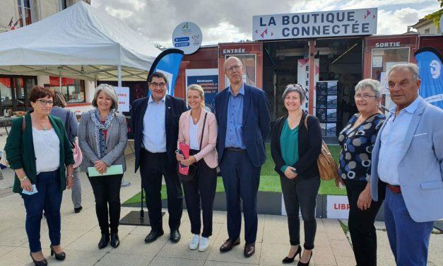 Une boutique connectée en tournée en Charente-Maritime